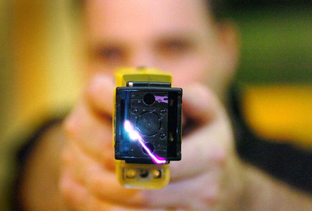 Frontline officers want to be armed with Tasers at all times