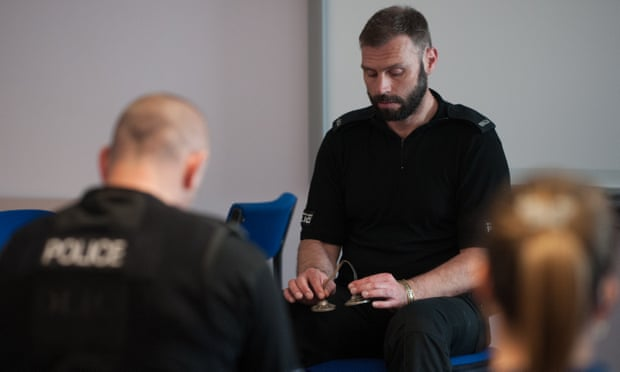 'And breathe' police try mindfulness to beat burnout